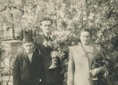 Бугаєнко Г. О. з дружиною і дітьми